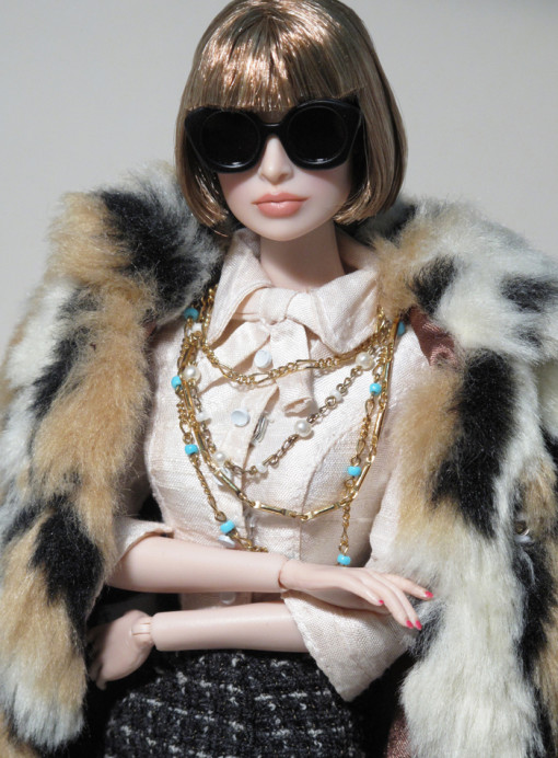 painted_dolls_anna_wintour
