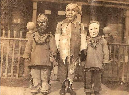 creepy_halloween_costumes_1900s_11