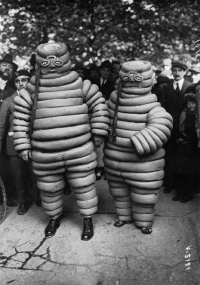 creepy_halloween_costumes_1900s_8