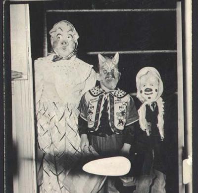 creepy_halloween_costumes_1900s_9